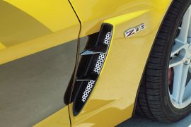 2006-2013 Corvette Z06 Stainless Side Spears w/Perforated Fender Inserts (6pc)