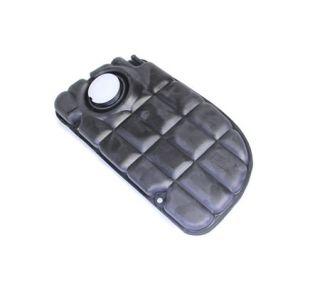00-04 Radiator Surge Tank (Default)